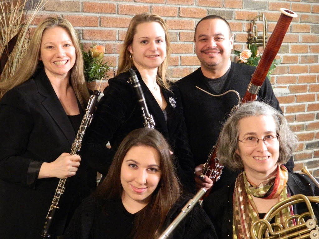 Performers: Works by: Ann Butler, Flute Gina Serafin, Oboe Regan Stas, Clarinet Liz Dejean, French horn Edwin Cabrera, Bassoon Gabriel Pierne Irving Fine Gyorgy Ligeti Arne Running Bear Mountain Winds Present An Afternoon of Chamber Music Sunday, March 8, 2015 at 4:00 PM Admission Free Church Donation Accepted Trinity Episcopal Church Ossining 7 South Highland Avenue (Route 9), Ossining, NY 10562 Just south of Route 133 – Parking Lot South of Church